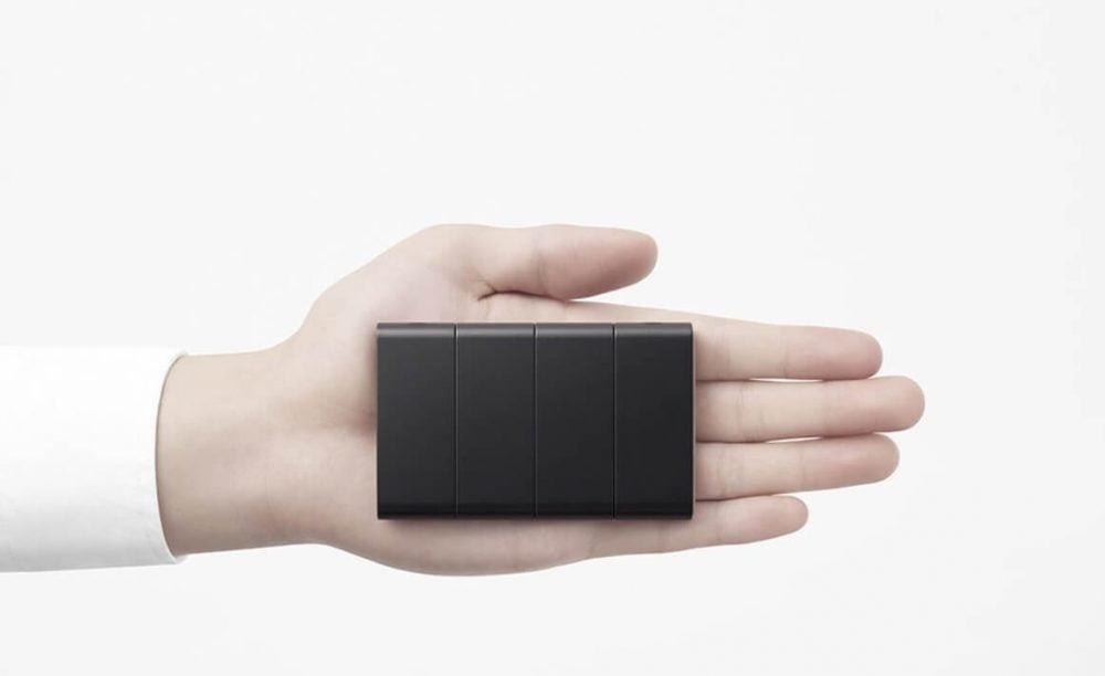 Oppo Katlanabilir Telefon Kapalı Konumda Konsept