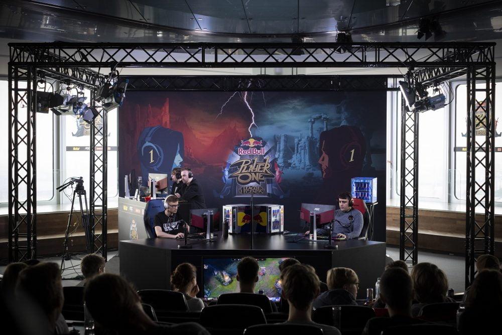 Red Bull turnıvası GameX 2019